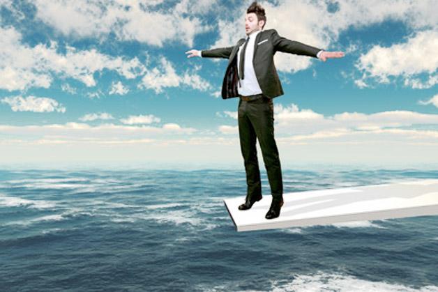 homme sur un plongeon