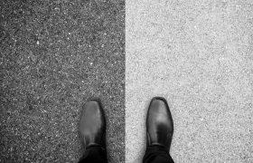 Salarié porté plutôt qu'auto-entrepreneur : un choix plus sûr pour les entreprises